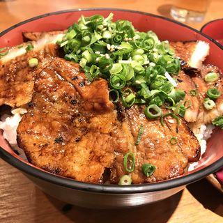 炭火豚丼(和ガリコ 寅 池袋西口 (和GALICO 寅))