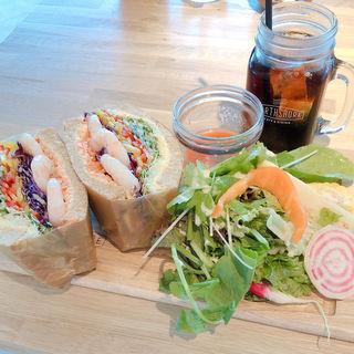 スプラウトシュリンプエッグサンドイッチ
