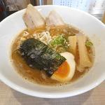 魚介鶏豚骨ラーメン(麺や 恵)