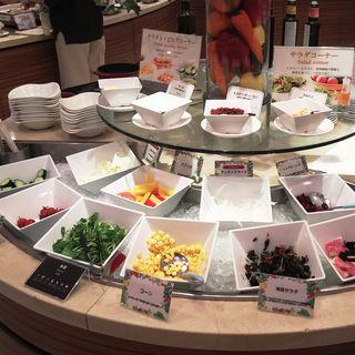 サラダ(川崎日航ホテル カフェレストラン「ナトゥーラ」)