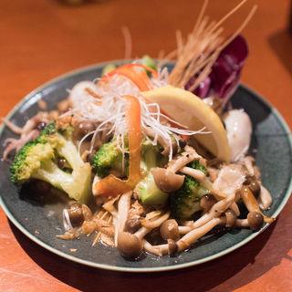 イカとブロッコリーの海鮮醤炒め(アジアンダイニング 金魚蘭 (【旧店名】アジアンダイニング金魚))