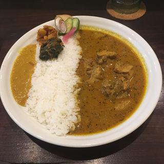 チキンカレーセット(桃の実 カレー&オリエンタル・バル)