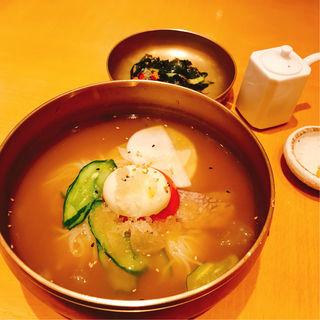 水冷麺(水刺齋 (すらんじぇ))