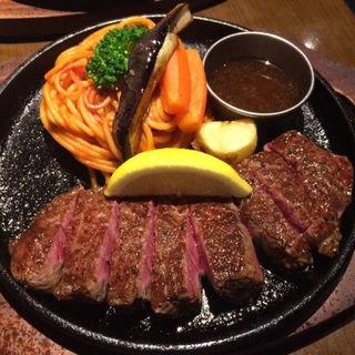 ディナーセット(ステーキ・ハンバーグ ひげ 函館店)