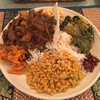 セイロンプレート(豚ホルモン)(スリランカ料理 ラサハラ (RASA HALA))