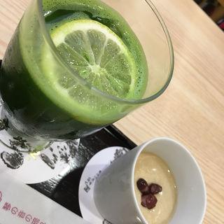 レモングリーンティーとほうじ茶プリン(茶寮都路里 祇園本店 (さりょうつじり))