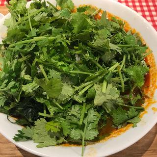 トムヤムクンパクチーラーメン(タイ国麺飯ティーヌン ヨドバシAkiba店 )
