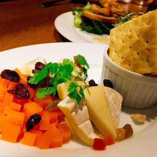 3種チーズの盛り合わせ(GINZA我歩 (GAPPO))