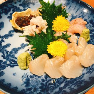 ヒラメの昆布締めとハモの刺身(日本料理 岩戸 銀座店)