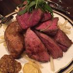 お任せお肉の3種盛り500gとフレンチフライポテト