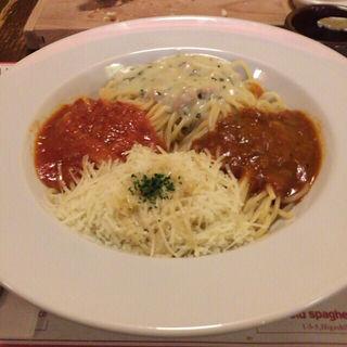 4種類のソースのスパゲティ【フランスパンドリンク付】(オールドスパゲティファクトリー 名古屋店 (the old spaghetti factory))