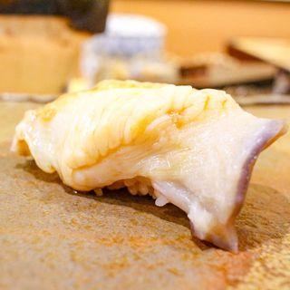 炙りほっき貝の握り(鮨まつ本)