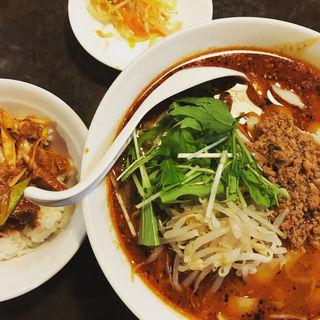 サラリーマンセット(麻辣刀削麺&ネギチャーシュー丼)(陳家私菜 赤坂一号店 湧の台所)