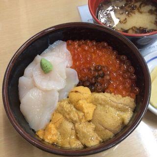 元祖函館 巴丼(きくよ食堂)