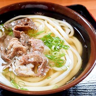 肉うどん(かけそのまま+牛皿)(心彩)