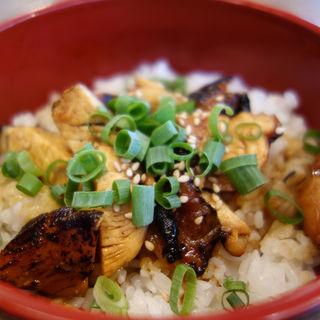 炙り鶏チャーシュー丼(ほったて小屋)