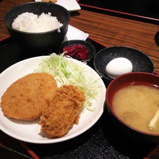 カキクリーミーコロッケ&ハムカツ+青野菜(さくら水産 川崎駅前2号店)