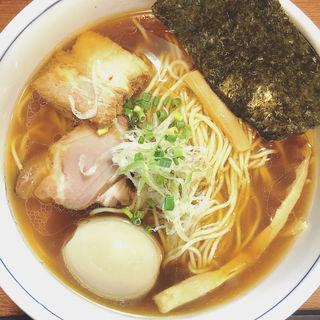 醤油らーめん 半熟味付玉子入り(麺処 びぎ屋 )