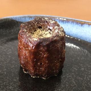 黒糖のカヌレ(洋菓子店slow)