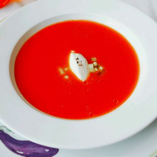 トマトの冷製スープ リコッタチーズ添え(ブノワ)