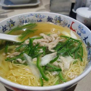 青椒肉絲麺(中国大明火鍋城 (チュウゴクダイメイ・ヒナベジョウ))