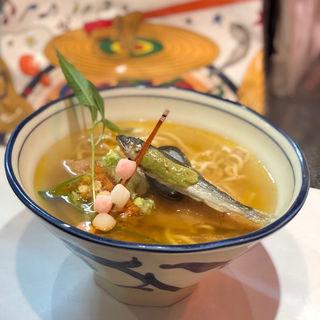 逢いの人麺三 MACRO NO 壺(烈志笑魚油 麺香房 三く)