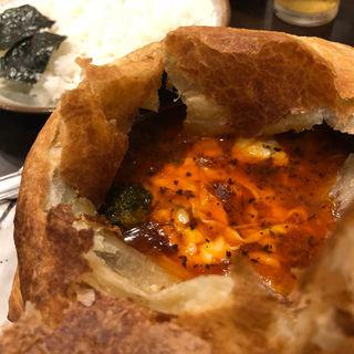 3種きのことチーズのパイ包みスープカレー(らっきょ&Star)