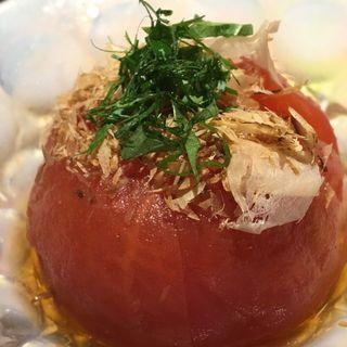 丸ごとトマトのお浸し。白だし風味。(スタンド コロッケ)