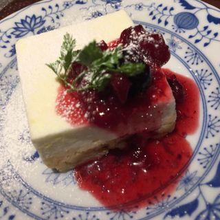ゆるっふわっ レアチーズケーキ(スタンド コロッケ)
