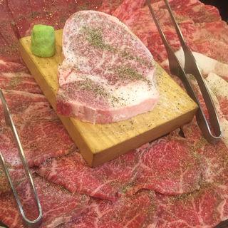 ファミリーパック(元祖カルビのないロース焼肉専門店 北京)