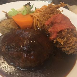 カニクリームコロッケとハンバーグ(洋食 コノヨシ (ConoYoshi))