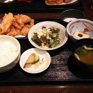 地鶏唐揚げ御膳(ひない小町 川崎店)