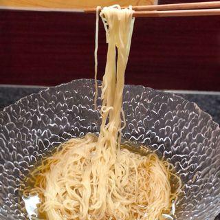 貝 ひやかけ(烈志笑魚油 麺香房 三く)