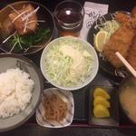角煮とイカフライの定食
