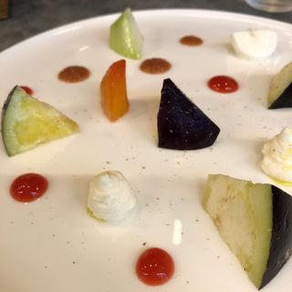 泉州 水茄子のサラダ仕立て〜プラムのピューレ〜(プルミエ レタージュ)
