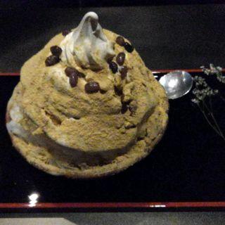 黒みつきな粉ソフトのかき氷(厨 otona くろぎ)