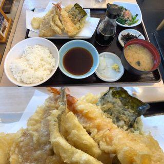 煮穴子・メゴチの海鮮定食(天丼てんや 京急大森海岸店 )