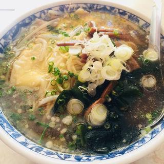ワンタン麺(来華 )