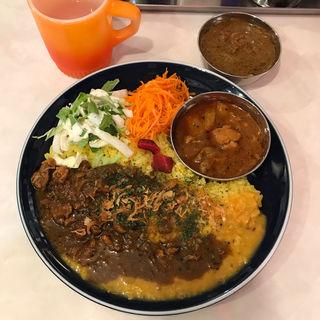 3種カリ〜(カリ~ アンド スパイスバル カリ~ビト (Curry & Spice Bar カリービト))