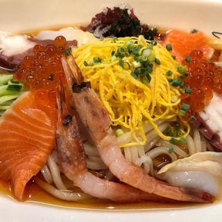 海鮮涼麺(酒蔵 澤正宗 (さかぐら さわまさむね))