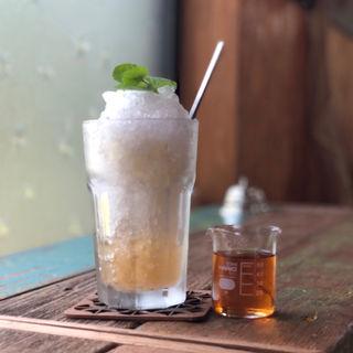 びわ酒のかき氷(オレガレ (OLEGALE))