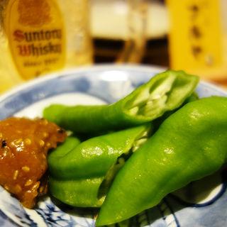 万願寺唐辛子の胡麻味噌(鶏と肴 フルヤ)