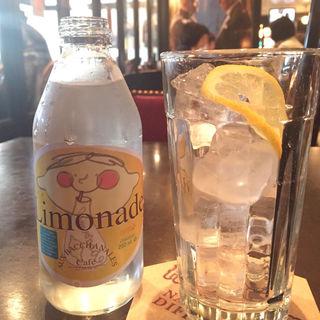 Limonade リモナード(オー バカナル 高輪 (AUX BACCHANALES))