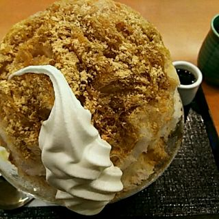 黒蜜きなこソフトクリーム氷(茶寮 煉 )