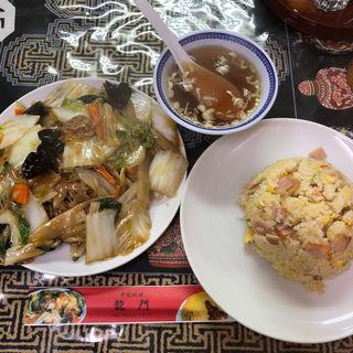 ミニ焼きそば&ミニチャーハン(中国料理 龍門 (チュウゴクリョウリ リュウモン))