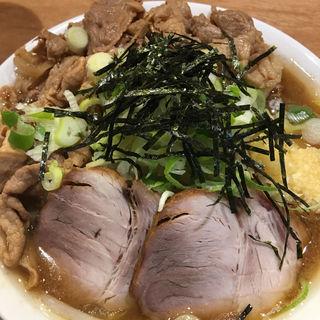 濃厚肉うどん 焼豚2枚追加(肉うどん さんすけ)