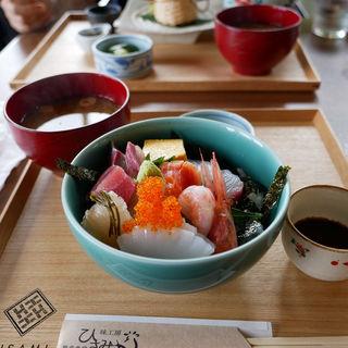 海鮮丼(味工房 ひさみ )
