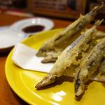 きびなごの天ぷら 梅肉ソース