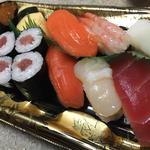 生寿司(まぐろ中落ち巻入)