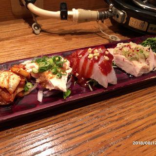 前菜盛り合わせ(韓国鶏鍋 GOCHU (コチュ))